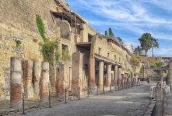 calle romana herculano