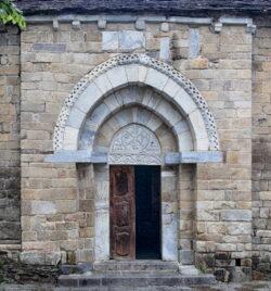 portada iglesia de bossóst