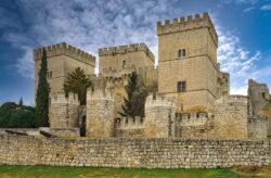 castillo de ampudia palencia
