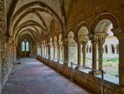 claustro de la catedral de elna