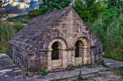 fuente románica